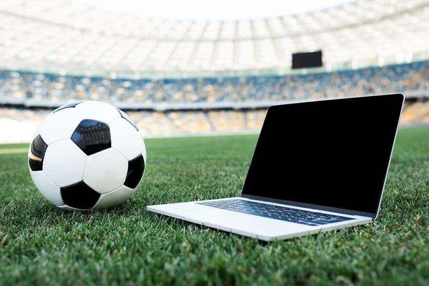 Tips Menghindari Kerugian Bermain Taruhan Bola Online Terpercaya
